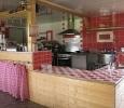 hébergement insolite - auberge équit'tables - location de salle - restauration - cuisine aménagée - http://dormirdanslaprairie.fr/